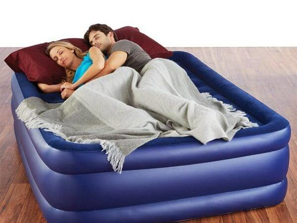 Pure-Comfort-Queen-Size-Raised-Air-Mattress